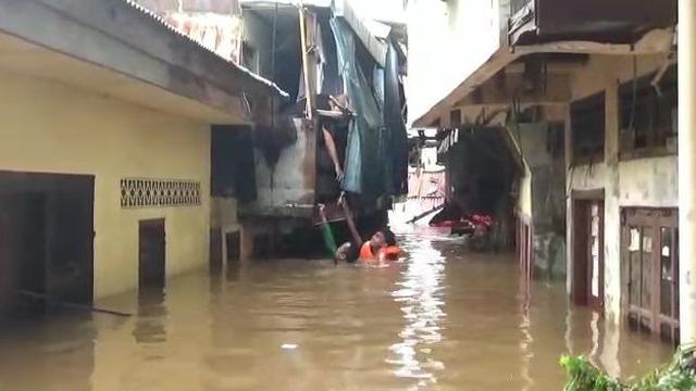 Warga Kebon Pala Tanah Rendah, Jaktim, Bosan Kebanjiran